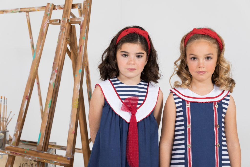 Colecciones de ropa infantil con estampado de rayas