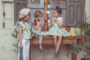 Nueva colección de moda infantil primavera-verano 2021