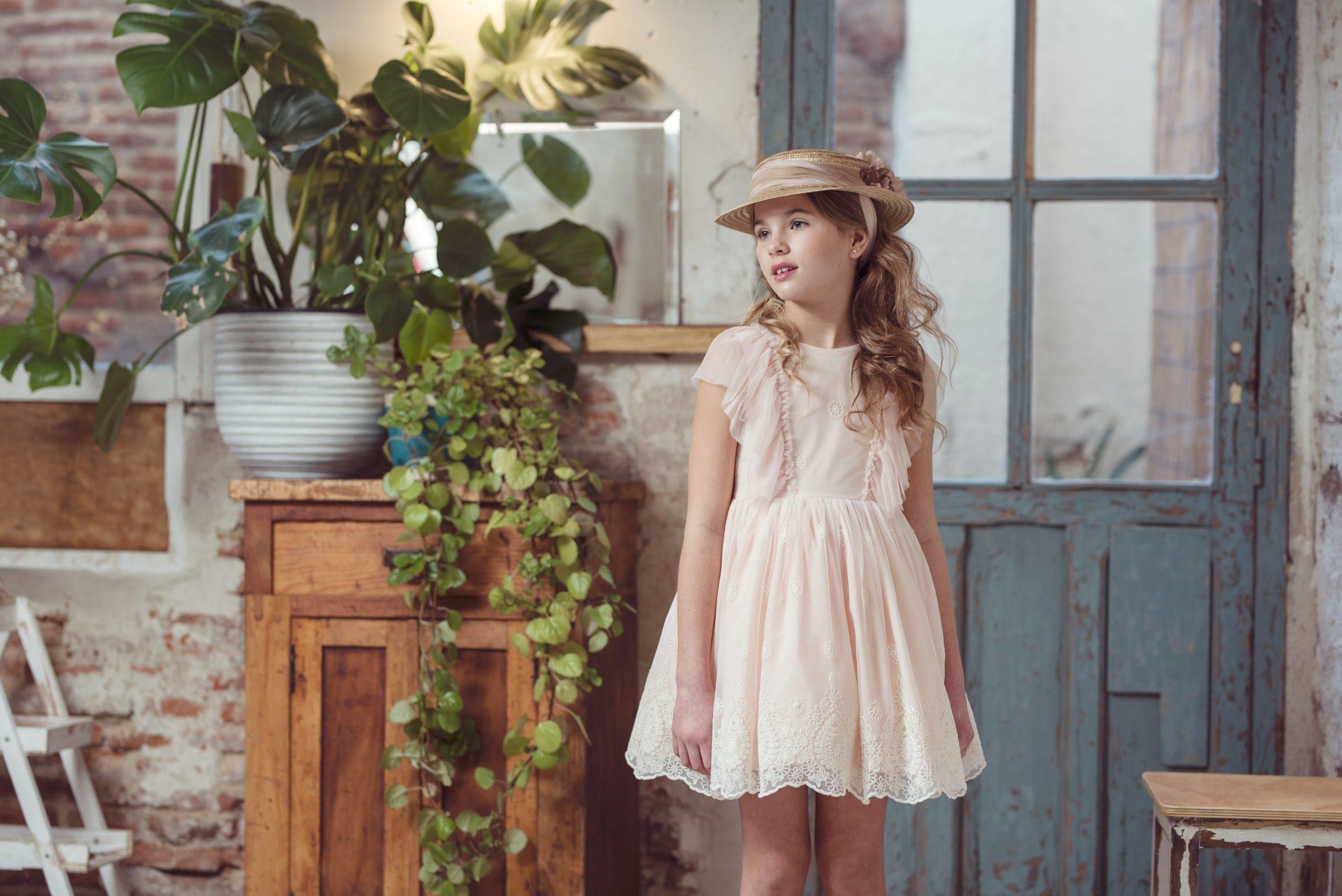 Vestidos de niña para ceremonias 2021